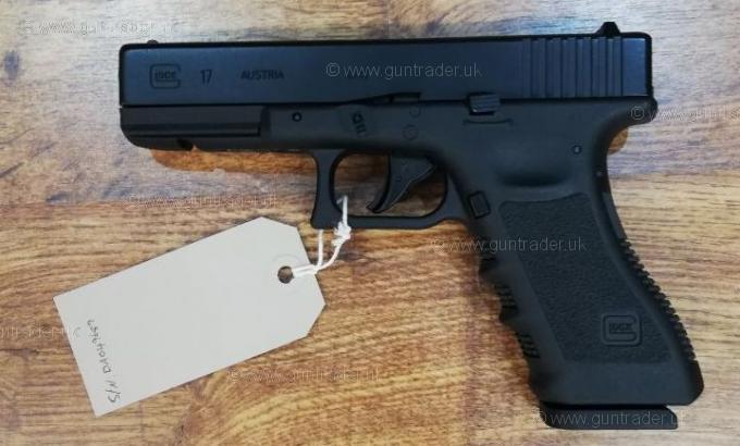 Umarex  177 (BB) GLOCK 17 CO2 Air Pistol - Wighill Park Guns